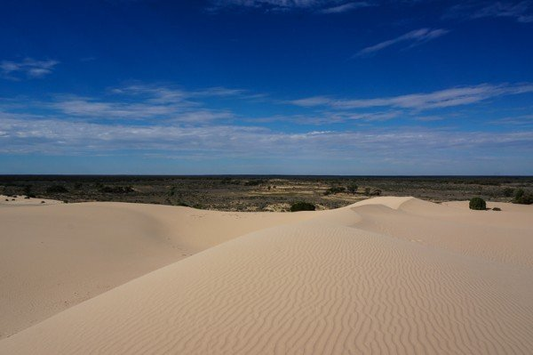 The moving sands of the Mungo Lunette.