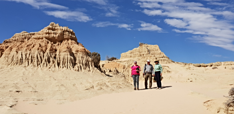 Mungo National Park Day Tour